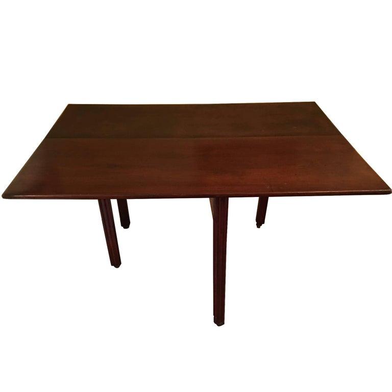 American Mahogany Drop Leaf Table, 19th Century