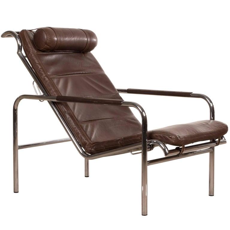 Gabriele mucchi brown leather genni chaise for zanotta for Chaise zanotta