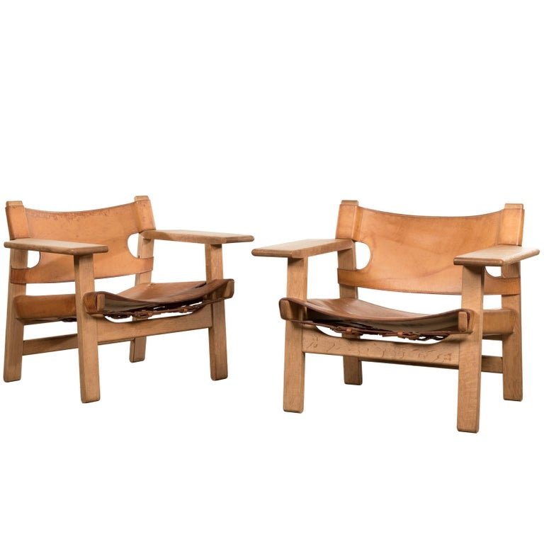 """Borge Mogensen Pair of """"Spanish"""" Chair in Cognac Leather and Oak, Denmark"""