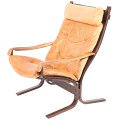 Siesta Lounge Chair in Patinated Leather
