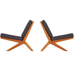 Pair of Midcentury Danish Modern Slipper Lounge Chairs by Peter Hvidt