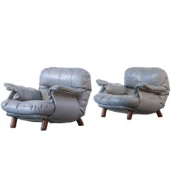 Pair of Armchairs Design in the Style of Percival Lafer or Sergio Rodrigues