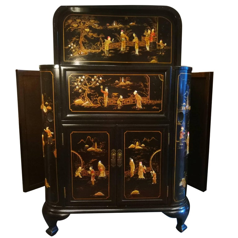 Midcentury Chinoiserie Inlaid Decorated Mahogany Bar Buffet, Black Laquered For Sale
