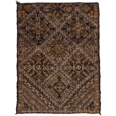 Vintage Berber Moroccan Rug with Modern Style