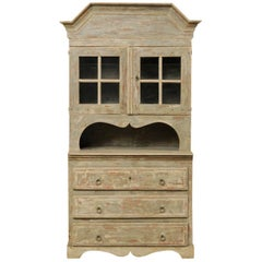 Early 19th Century Swedish Scraped Finish Cupboard with Elegant Scalloped Shapes