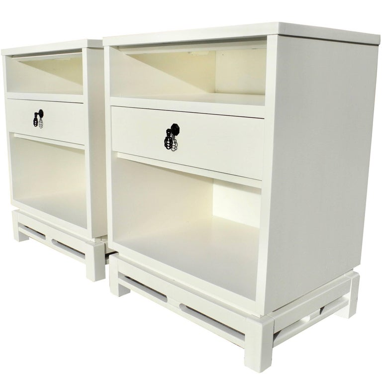 Pair Of Mid Century Modern Asian Style Linen White Nightstands For At 1stdibs