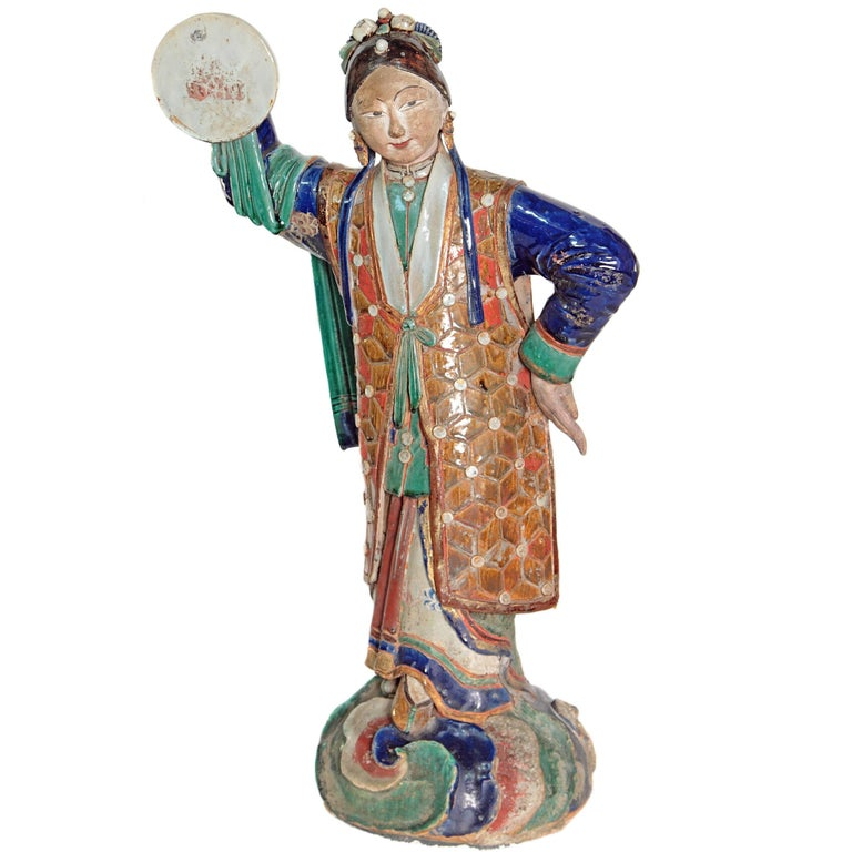 Large Chinese Ceramic Figure 1