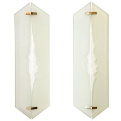 Fontana Arte - Pair of wall lights in glass and sandblasted glass, 1960's
