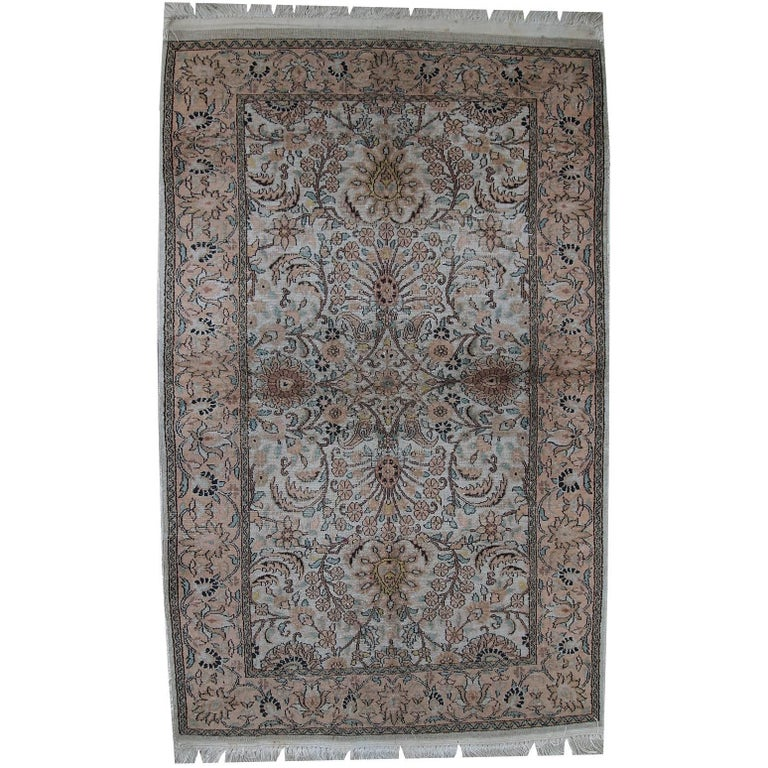 Handmade Vintage Silk Indian Indo