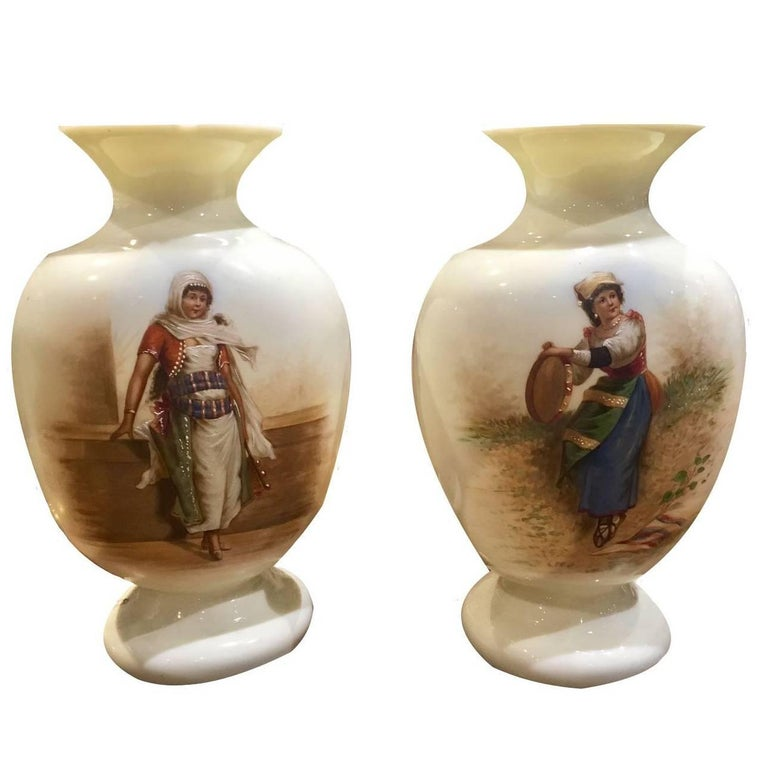 19th Century beautiful pair of french opaline