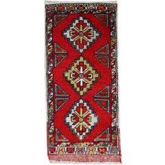 Handmade Vintage Turkish Yastik Rug, 1950s, 1C496