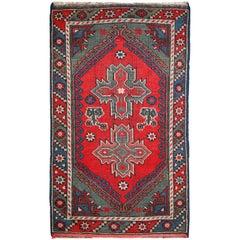 Handmade Antuque Turkish Anatolian Rug, 1920s