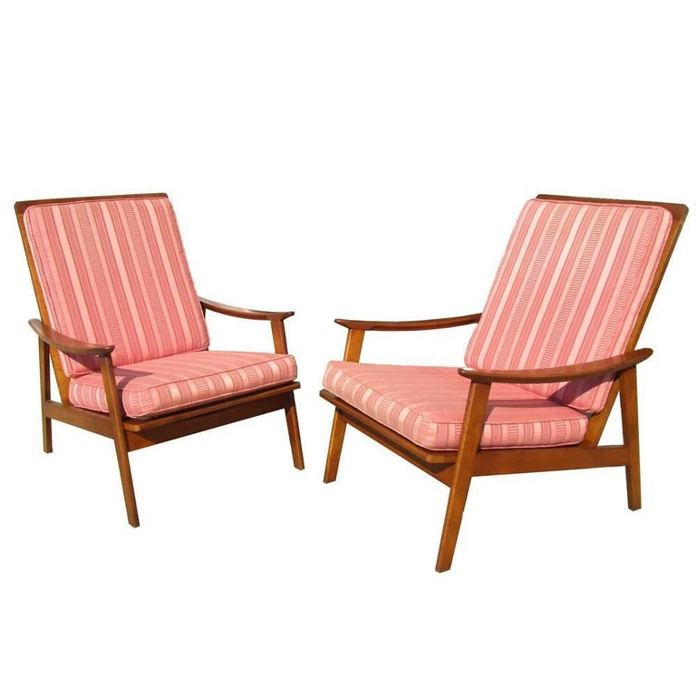 Vintage Midcentury Pair of Danish Lounge Chairs For Sale