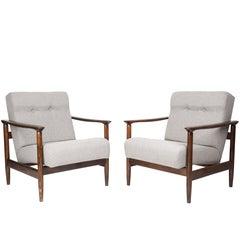 Pair of beige armchairs, Edmund Homa, GFM-142, 1960s, Poland.