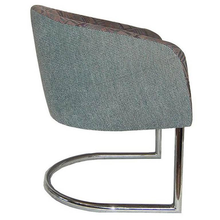 Mid Century Chrome Tubular Cantilever accent Chair in the Style of Milo Baughman