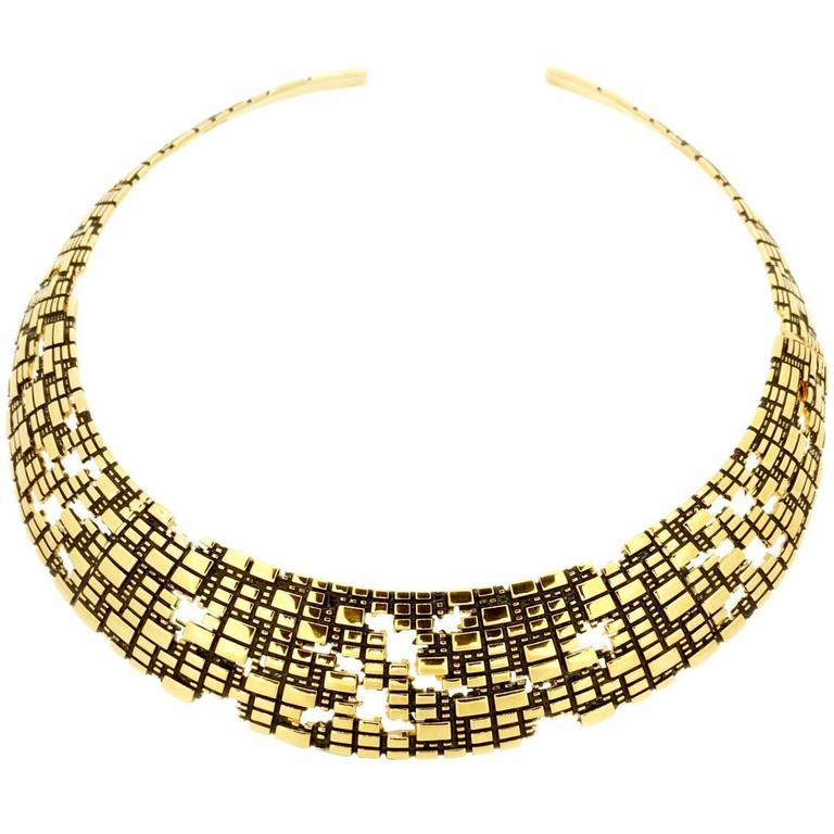Bitcoin Blockchain Torus Gold Collar