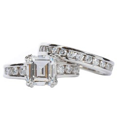 A. Jaffe 1.74 Carat Diamond Platinum Engagement Ring and Band Set