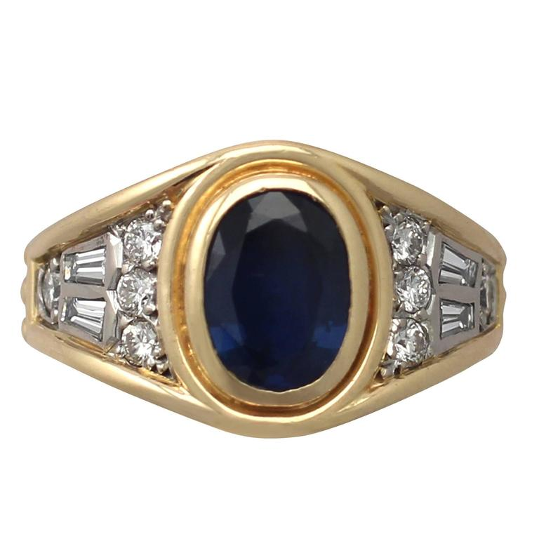1950s 1.65 Carat Sapphire & Diamond Yellow Gold Cocktail Ring For Sale