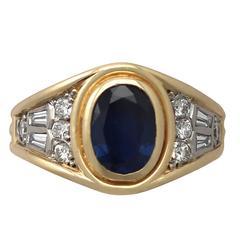 1950s 1.65 Carat Sapphire & Diamond Yellow Gold Cocktail Ring