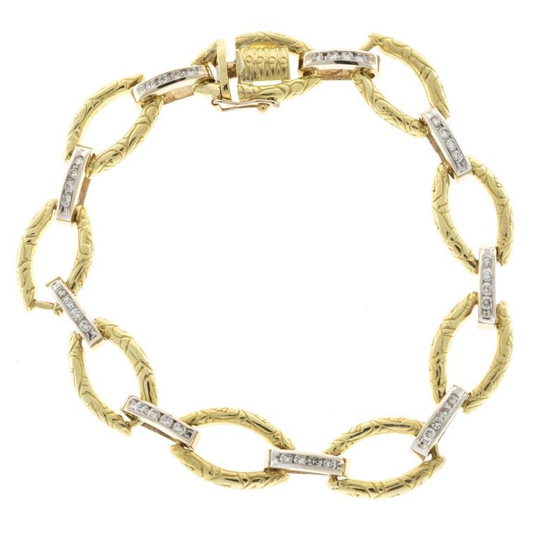 Diamond Gold Textured Link Bracelet