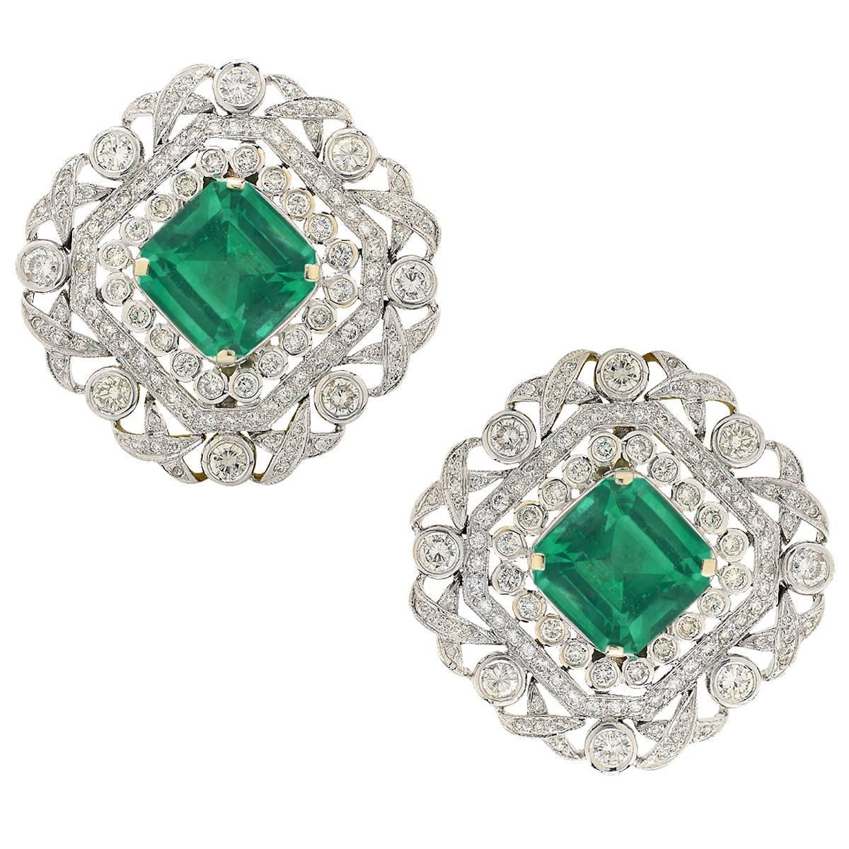 Emerald Diamond gold Earrings For Sale at 1stdibs
