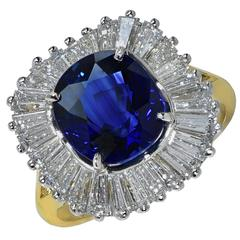 Gorgeous 3.43 Carat Sapphire Diamond gold Ring