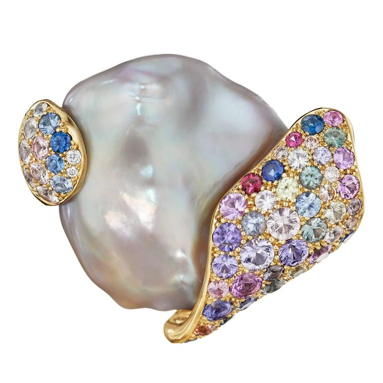 Naomi Sarna Pearl Sapphire Diamond Gold Brooch For Sale