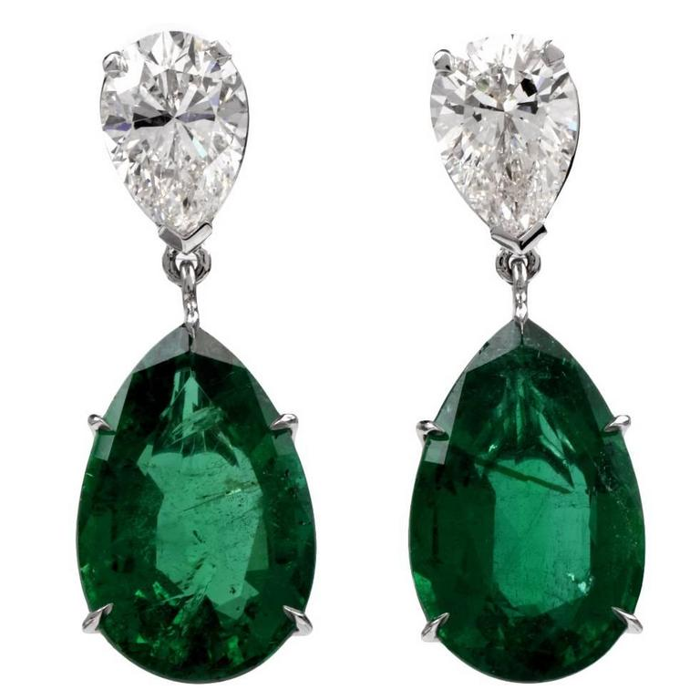 GIA Certified 17.31 Carat Emerald Diamond Platinum Dangle Earrings