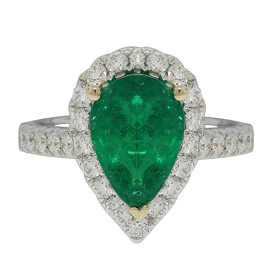 2 07 carat pear shape emerald gold halo engagement