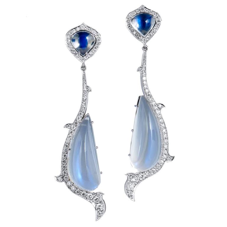 18kt White Gold Moonstone and Diamond Drop Earrings