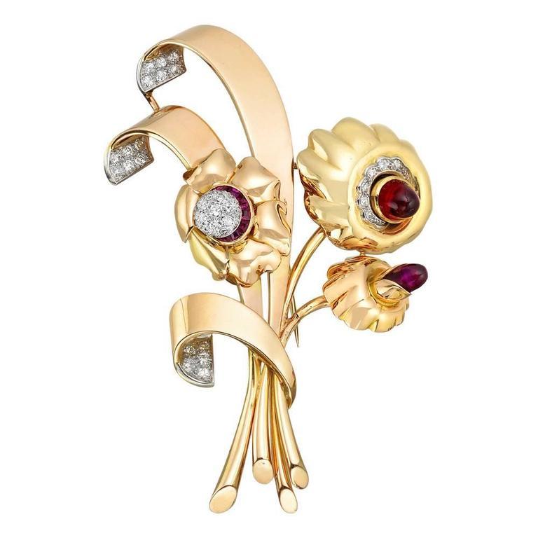 Retro Tricolored Gemstone Gold Flower Brooch