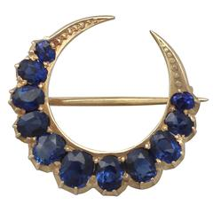 2.91Ct Sapphire and 18k Yellow Gold Crescent Brooch - Antique Circa 1890