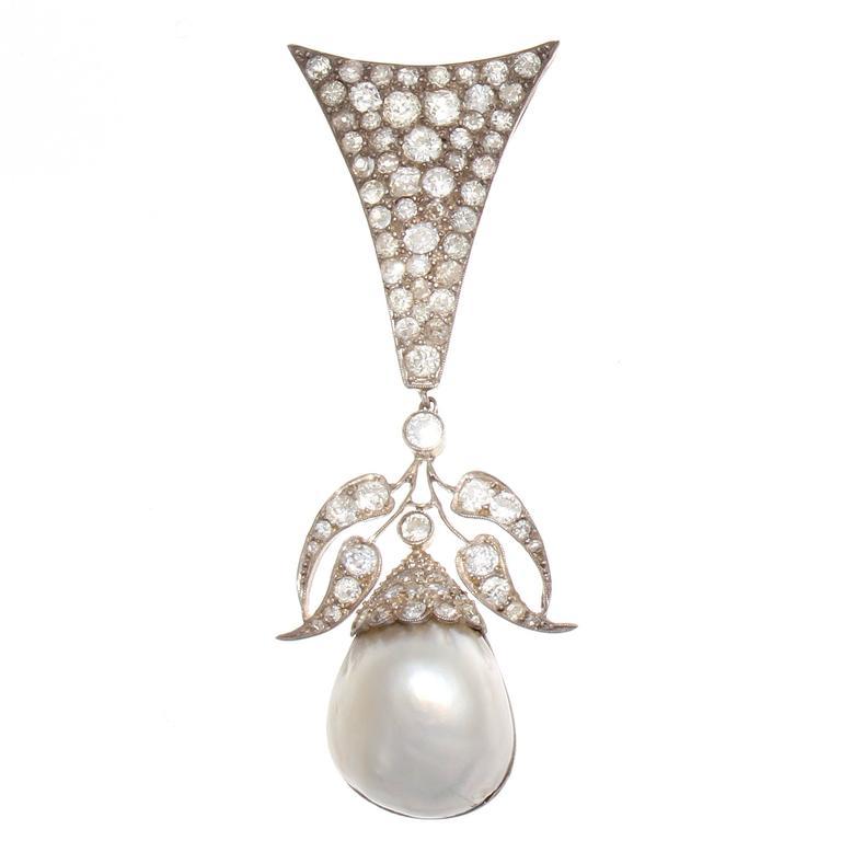 Stylish Victorian Pearl Diamond Gold Silver Brooch/Pendant
