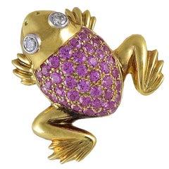 Adorable Sapphire Diamond Gold Frog Pin