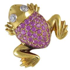 Adorable Sapphire Diamond Gold Frog Pin