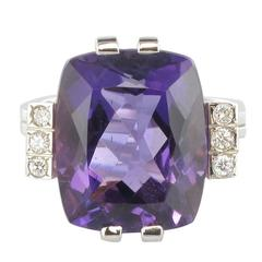 French Art Deco Style 10 Carat Amethyst Diamond Gold Ring