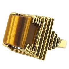 1970s Tiger Eye Gold Ring