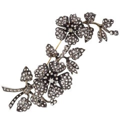 Portuguese en Tremblant Diamond Silver Top Gold Brooch