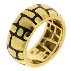Jona Black Enamel 18 Karat Yellow Gold Band Ring