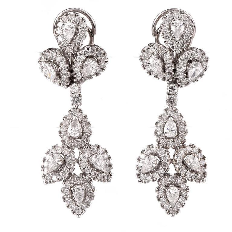 Girandole Era Glamorous Diamond Gold Chandelier Earrings 1