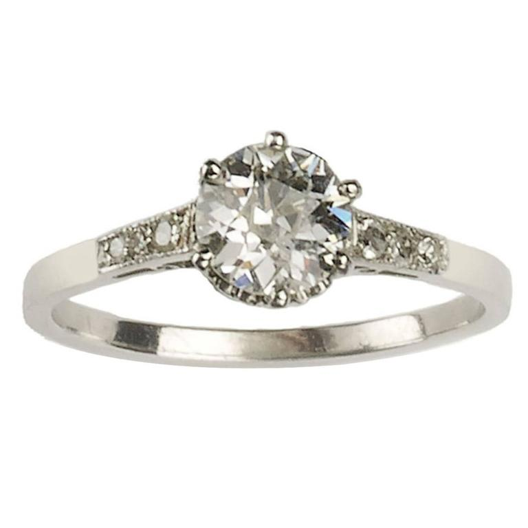 Art Deco 0.84 Carat Diamond Platinum Single Stone Ring For Sale