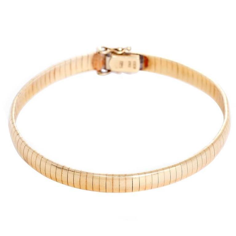 Amazing Gold Bracelet