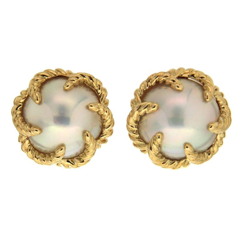 Mabe Pearl Gold Swirl Claws Clip Earrings