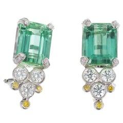 8.25 Carat Green Tourmaline White Yellow Diamond Platinum Earrings