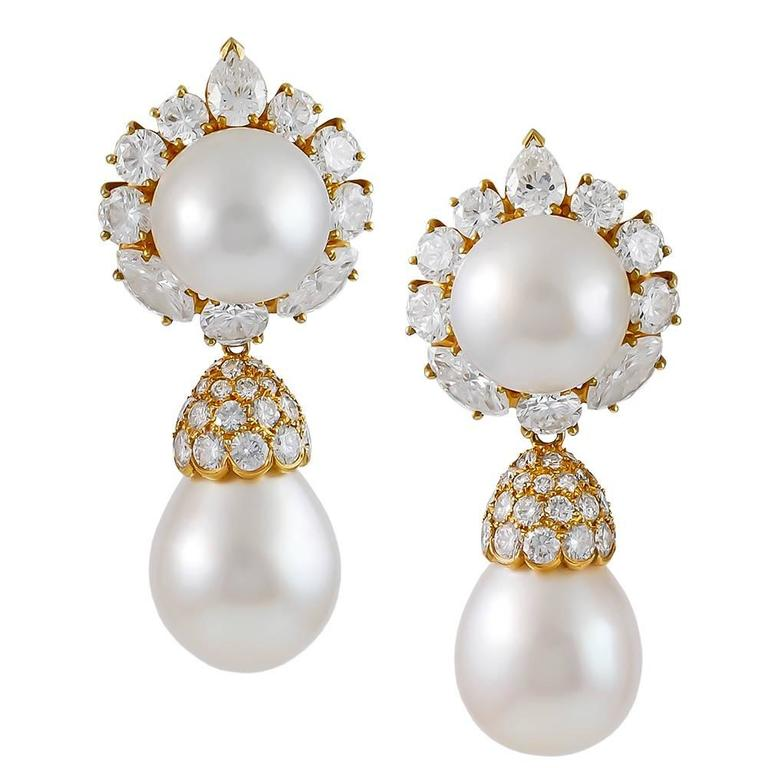 Van Cleef & Arpels Pearl Diamond Gold Earrings 1
