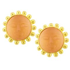 Elizabeth Locke Moonstone Gold Man in the Moon Earring