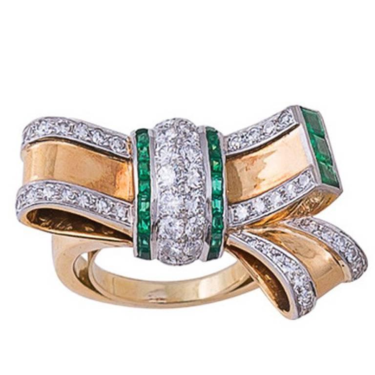 Retro Emerald Diamond Gold Bow Ring 1