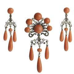 French Coral Pearl Onyx Diamond Gold Suite