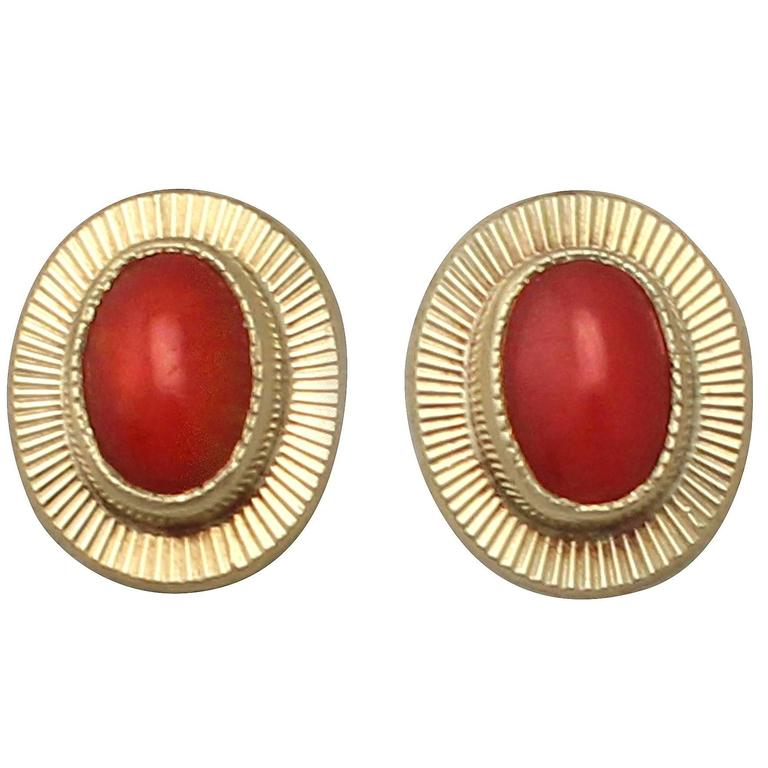 Coral and 18k Yellow Gold Stud Earrings - Vintage Circa 1990