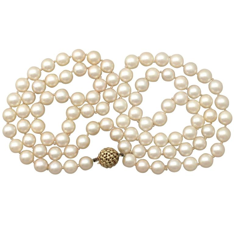 287c4d96da5a5 Single Strand Pearl Necklace with 14k Yellow Gold Clasp - Vintage German